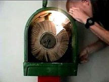 This is a cross section of what a REAL mutoscope looks like.